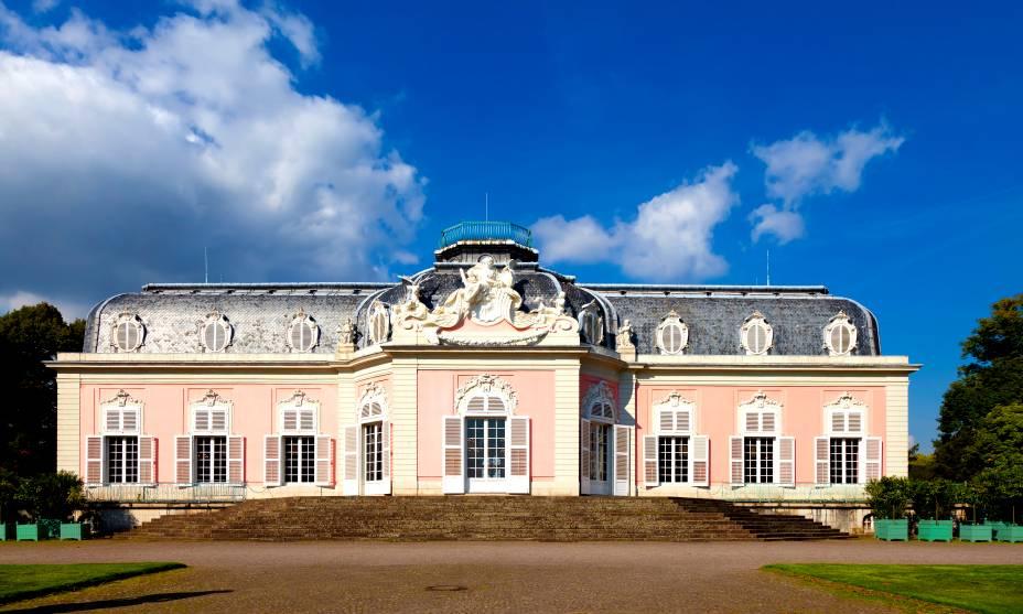 O Benrather Schloss Park tem um castelo magnífico, perfeito para quem visita Düsseldorf