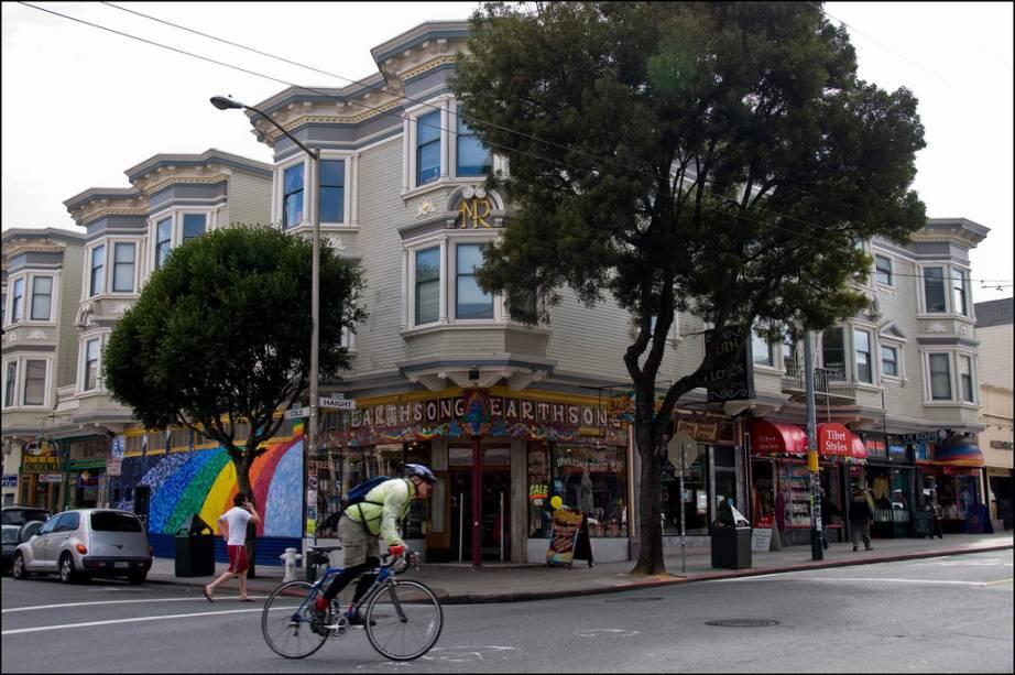 Haight e Ashbury sempre foram o epicentro da contracultura de São Francisco, com o bairro gay de Castro