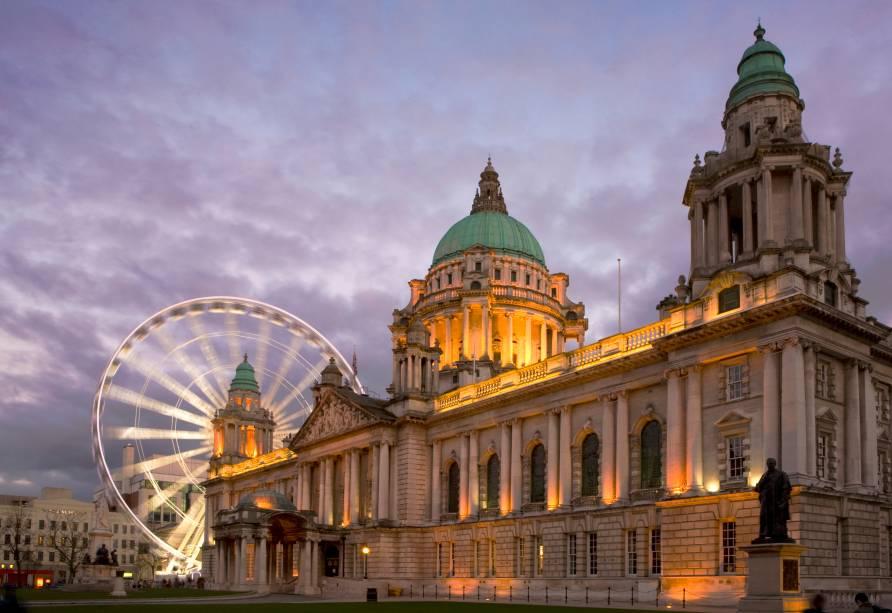 A roda gigante de Belfast, fechada definitivamente desde 2010, tinha 60 metros de altura e ficava no limite da prefeitura.  Reconhecida como um dos principais cartões postais e atrações turísticas da capital há mais de dois anos, ainda permanece na memória da população