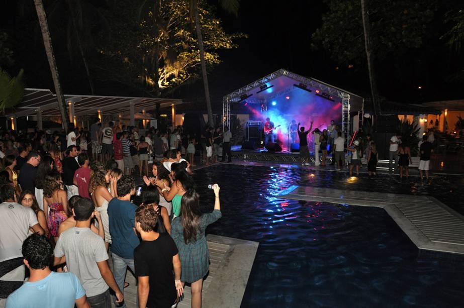 Importada da Europa, a moda dos beach clubs prevaleceu em Ilhabela