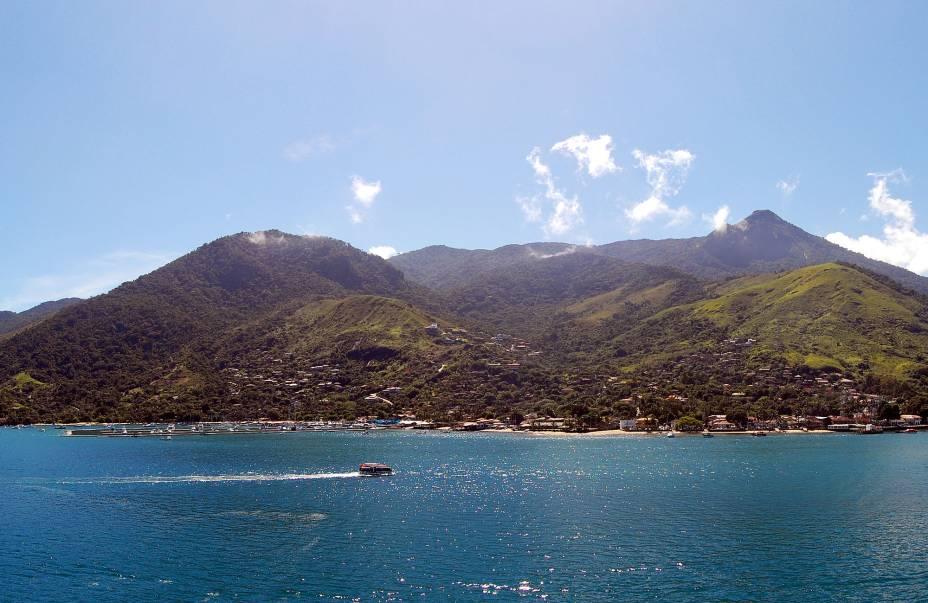 O mar que rodeia o arquipélago, repleto de lendas e contos de piratas, está repleto de naufrágios, muitos dos quais disponíveis para mergulho.