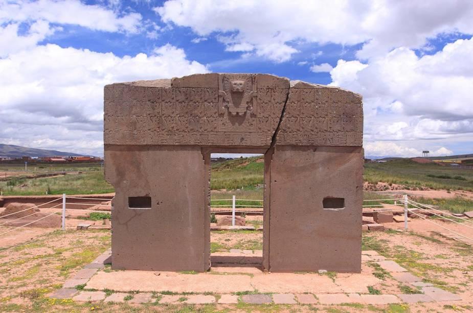A poucos quilômetros do centro de La Paz fica Tiwanaku - um sítio arqueológico com ruínas de templos construídos há mais de mil anos