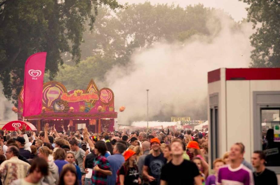 O Parkpop Festival é um evento musical que acontece todos os anos no último domingo de junho em Haia, na Holanda.  Na época do evento, cerca de 350 mil pessoas foram atraídas para a cidade