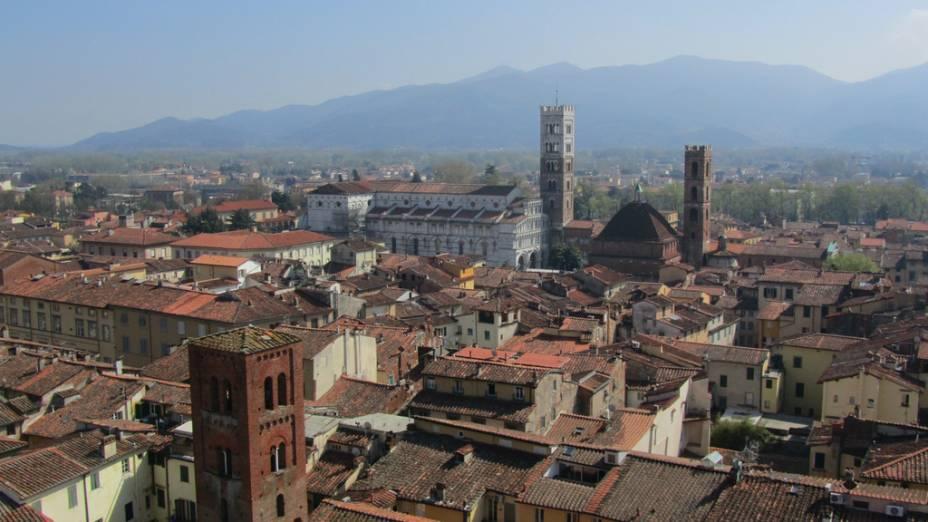 Vista de Lucca da Torre delle Ore