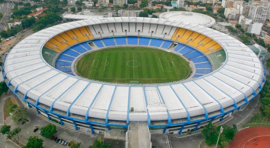 O passeio guiado pelo Maracanã permitirá que você reviva os movimentos de Zico, o milésimo gol de Pelé, na história do futebol entre outros.