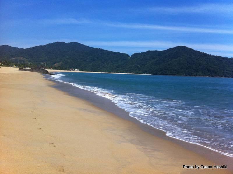 Praia de Boiçucanga em São Sebastião com boa estrutura de atendimento