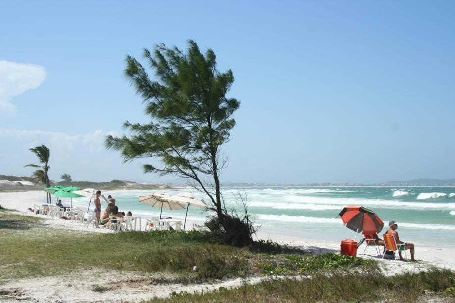 A Praia do Pontal é ampla e ideal para passeios.  É bom para quem busca sossego