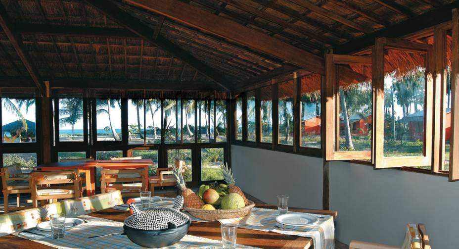 Restaurante na Pousada Borapirá.  Com piscinas e clube, a acomodação é ideal para famílias com crianças