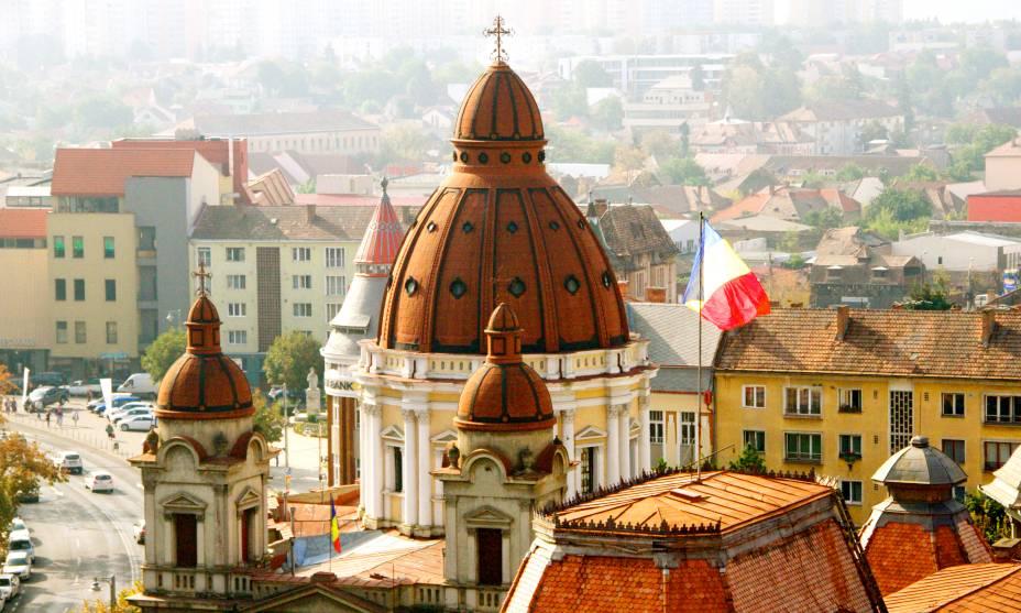 Vista aérea de Târgu Mureş, na Transilvânia
