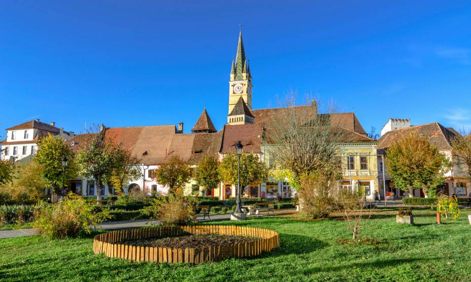 A beleza da igreja medieval fortificada de Medias, Transilvânia