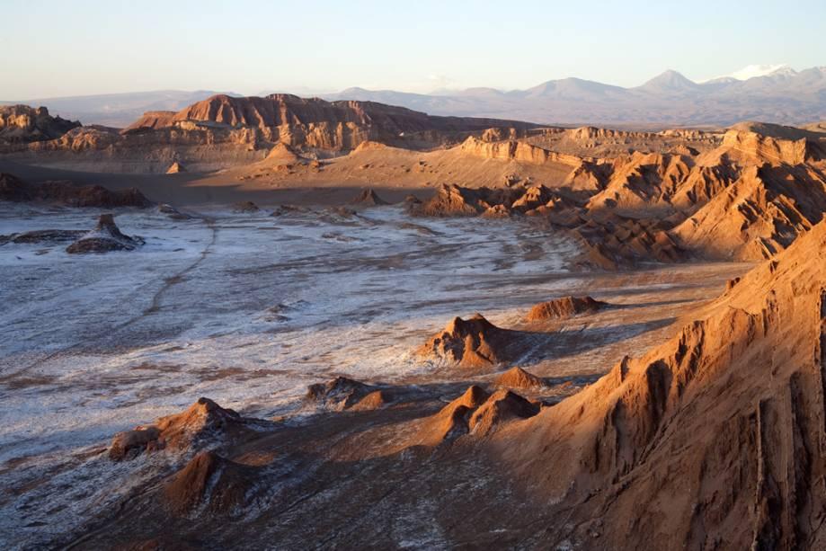 As formações do Valle de la Luna lembram a superfície da lua com sua sucessão de montanhas