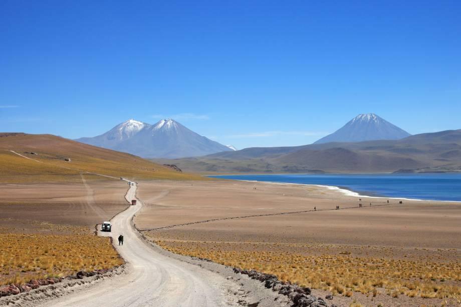 Muitas lagoas podem ser visitadas na região do Altiplano ao redor de San Pedro de Atacama