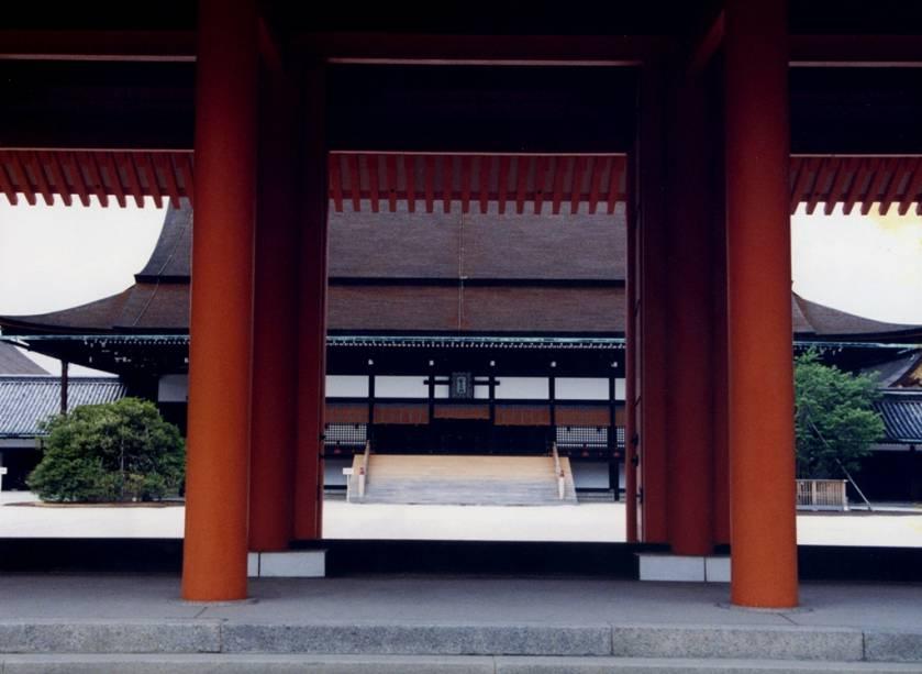 Detalhe da construção em Gosho, o Palácio Imperial de Kyoto.  A cidade foi capital do Japão de 794 a 1869, quando foi transferida para Edo, hoje Tóquio