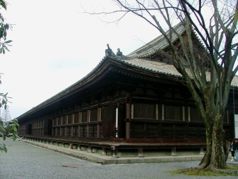 O Templo Budista Long Rengeo, mais conhecido como Sanjusangendo, contém 1.001 imagens da deusa da misericórdia Kannon