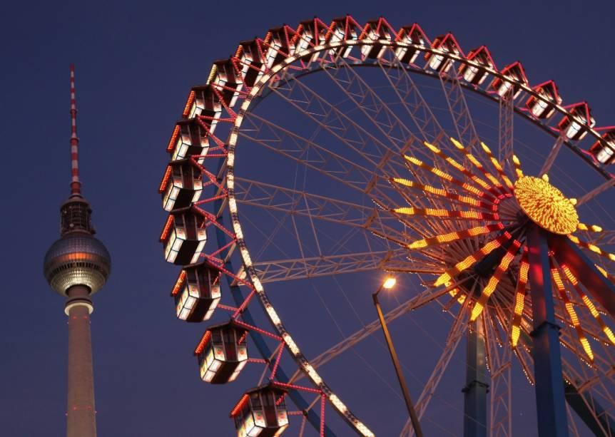 O Fernsehturm Fernsehturm é um dos monumentos mais importantes de Berlim