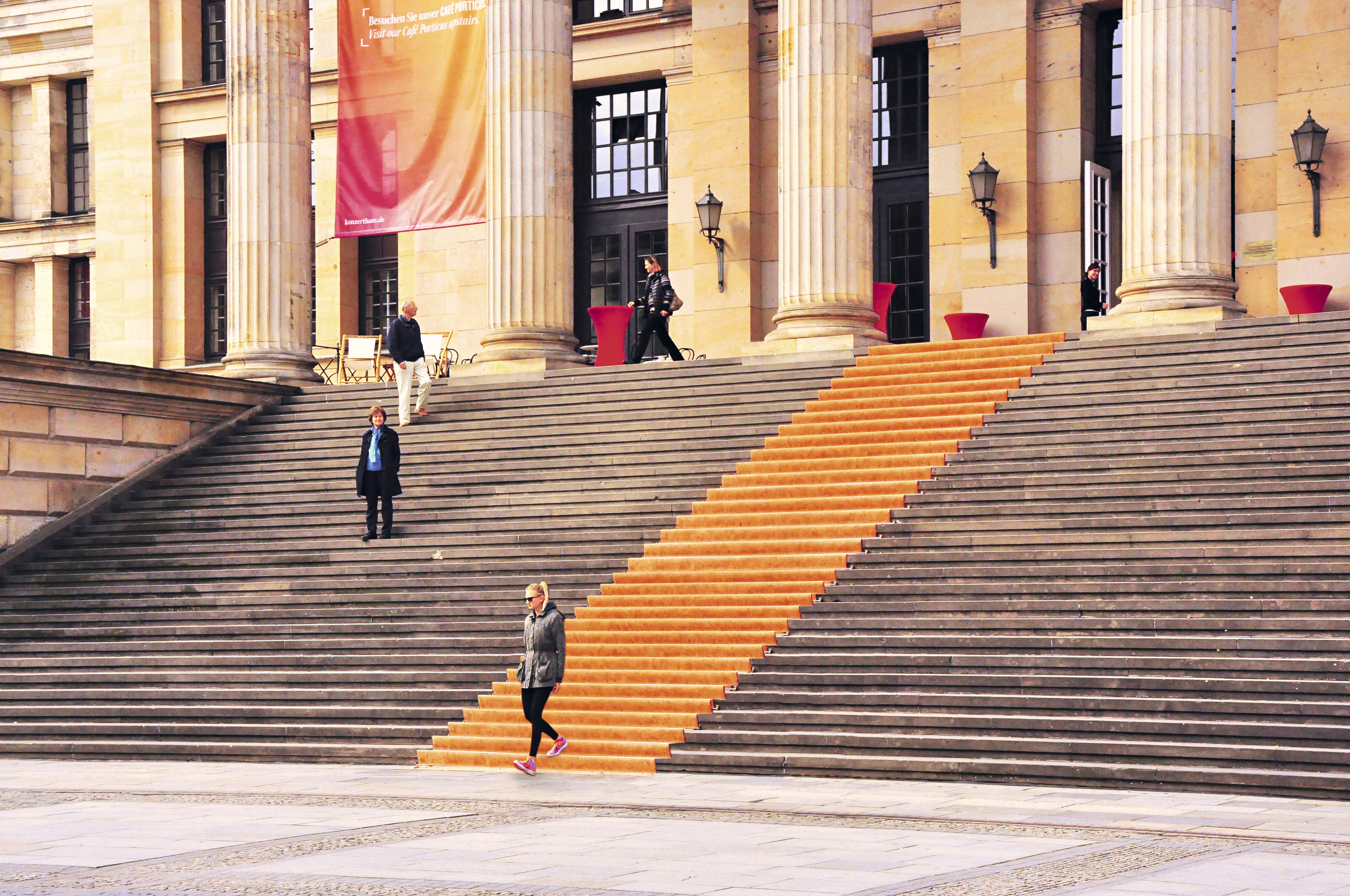 Escadaria da sala de concertos Konzerthaus, Berlim, Alemanha
