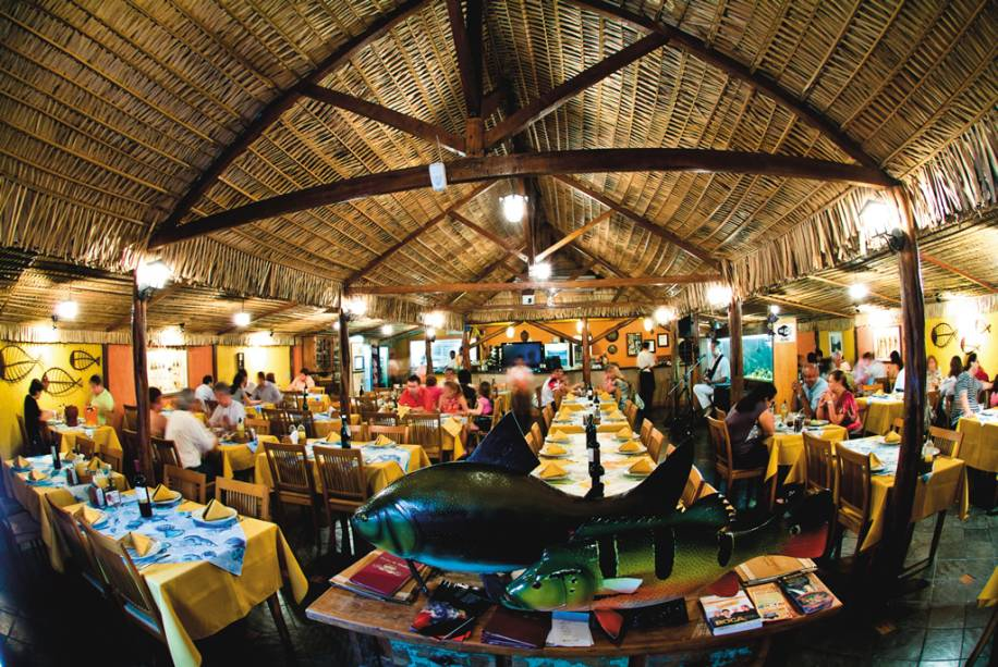 """Restaurante""""http://viajeaqui.abril.com.br/estabelecimentos/br-am-manaus-restaurante-choupana"""" rel =""""Choupana"""" Objetivo =""""_vazio""""><noscript><img data- src="""