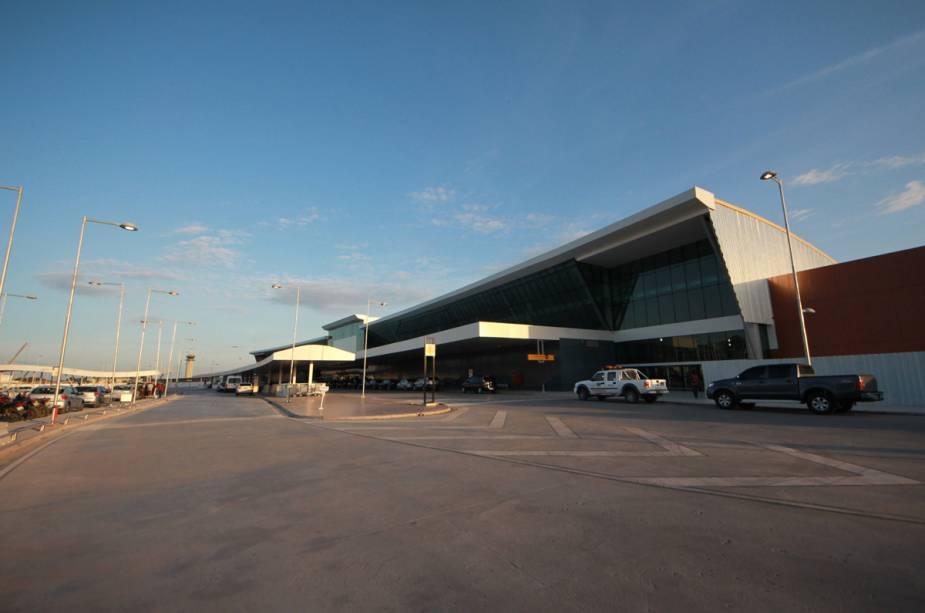 Fachada do aeroporto de Manaus