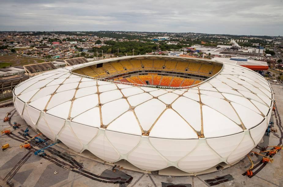 O estádio pode acomodar mais de 42.000 pessoas