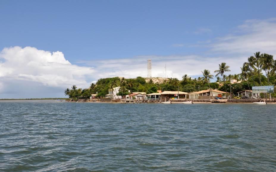 Há um naufrágio a caminho da praia da Costa Azul que pode ser submerso na maré alta