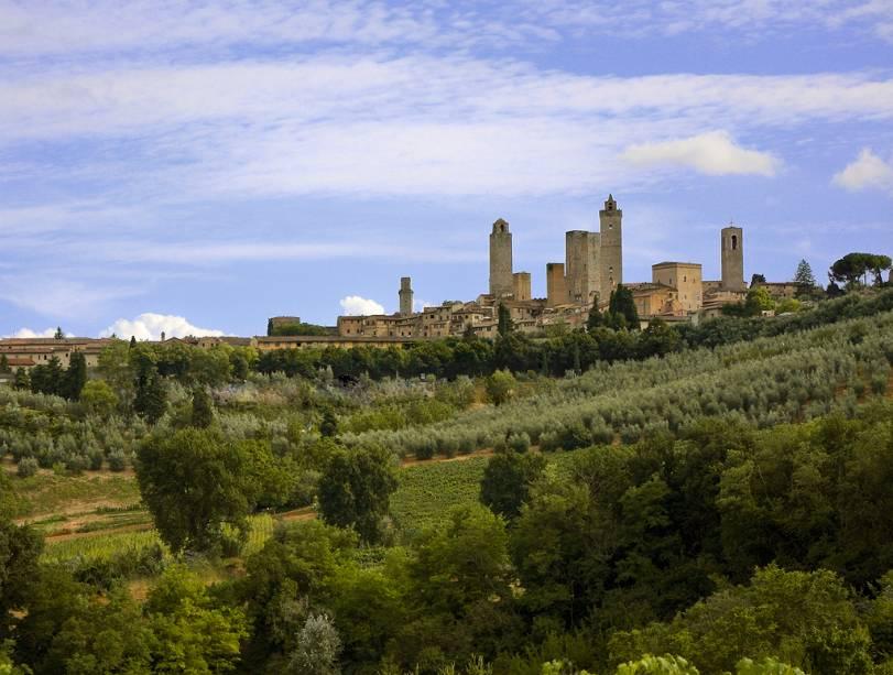 As torres características de San Gimignano ainda eram numerosas, mas continuam a ser o símbolo da cidade