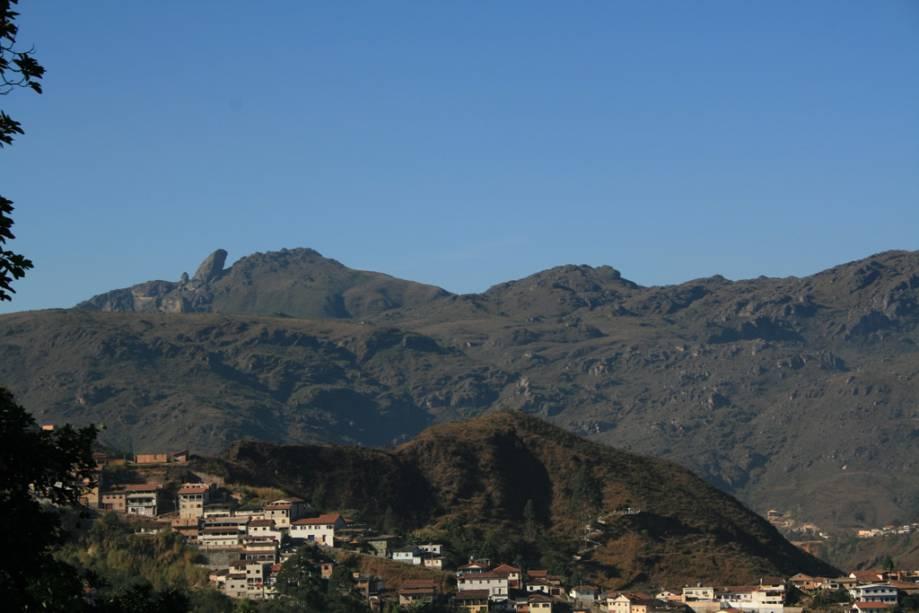 Pico do Itacolomi, uma das visões da cidade de Ouro Preto (MG)