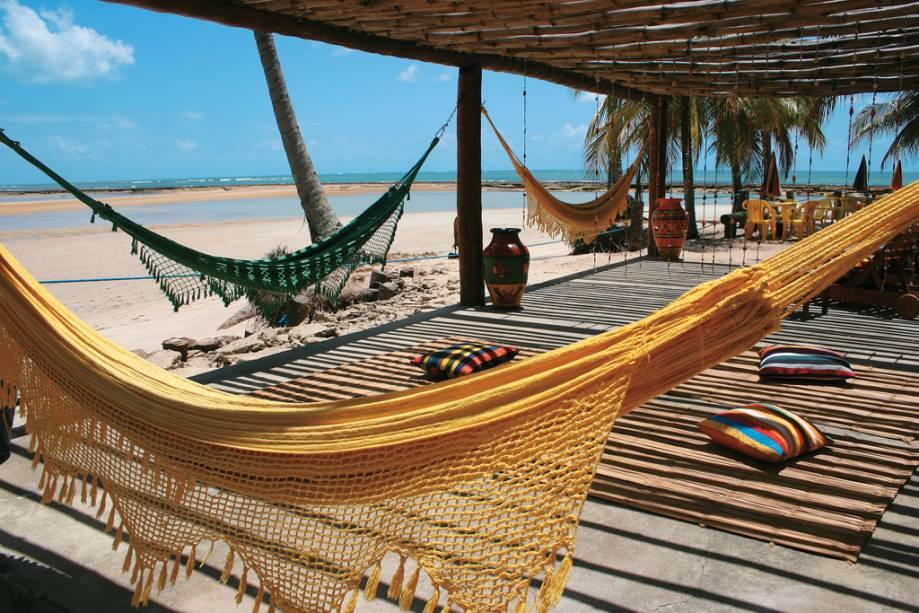 O bar Bora Bora na Praia dos Carneiros possui uma estrutura onde o visitante pode desfrutar do local com todo o cuidado.