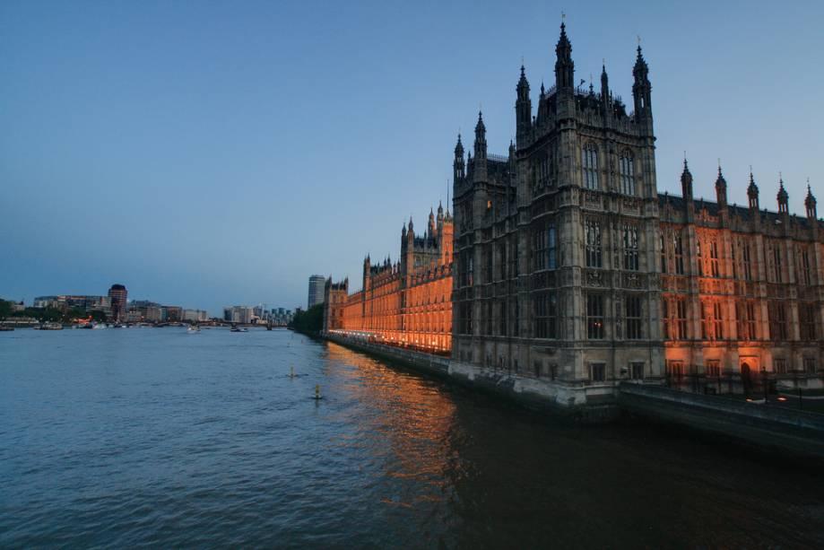 O O projeto neogótico de Pugins e Barry no Tamisa fez do Palácio de Westminster a última residência do Parlamento britânico