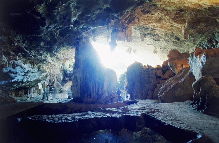 A caverna Maquiné, uma das mais belas do Brasil aberta à visitação, é o cartão postal de Cordisburgo
