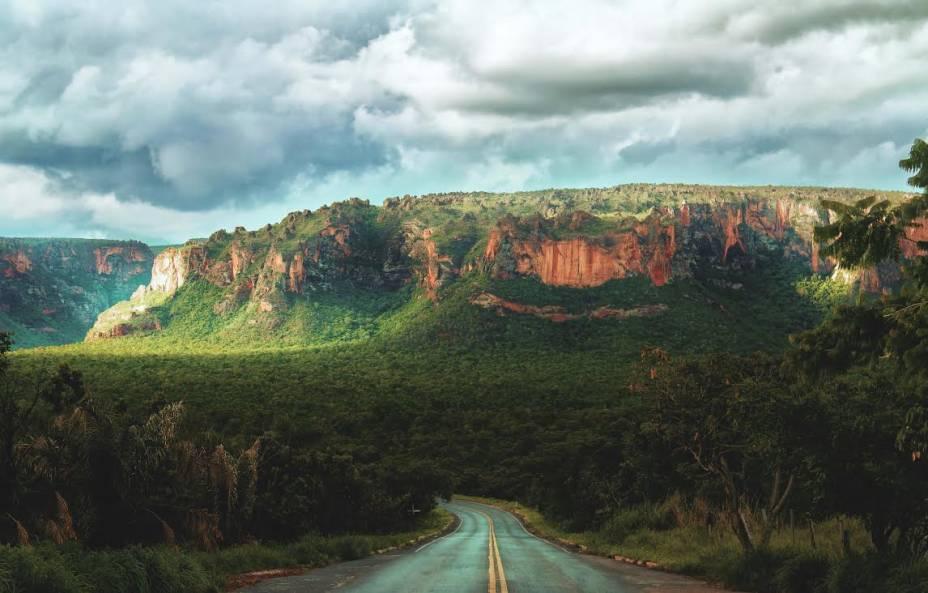 Rua com vista para a Chapada dos Guimarães, Mato Grosso