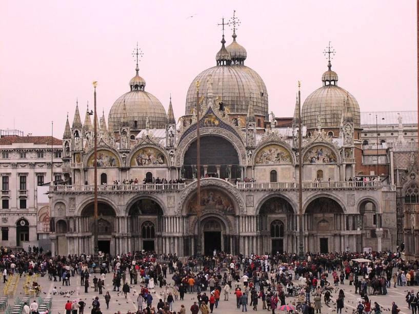 Fachada da Basílica de San Marco