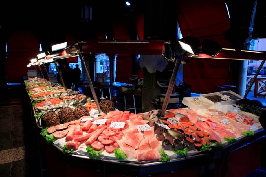 O mercado de Rialto em Veneza tem uma área reservada para peixes, o Campo della Pescaria
