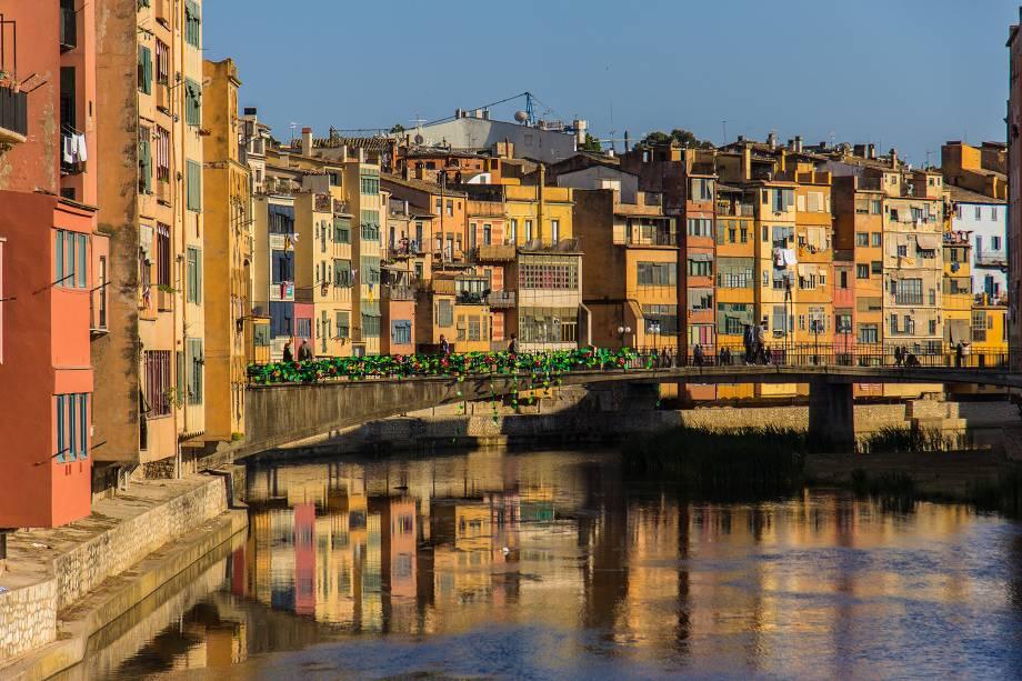 A cidade fica a uma hora de trem de Barcelona