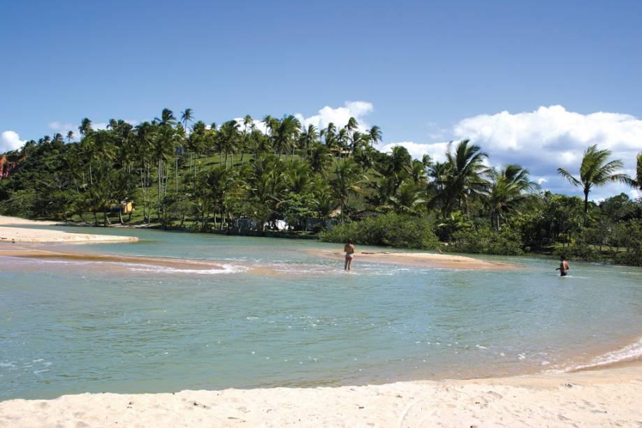 Rio Curuípe, que separa as praias do Espelho e Curuípe