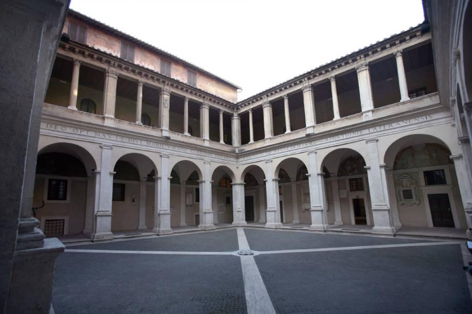 Claustro Galeria de arte de Bramante em Roma