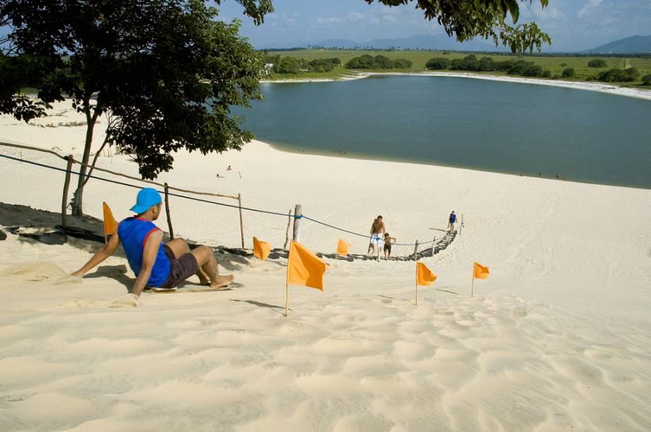 Esquibunda nas dunas do Cumbuco no Costa Sol Poente