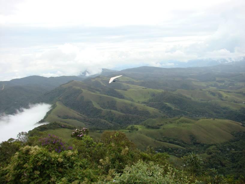 Vista do Pico Agudo, cartão postal de Santo Antônios e plano de fundo para voos de parapente