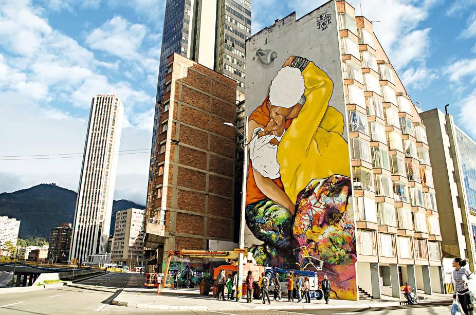 Na Calle 26 ou graffiti Os beijos do invisível