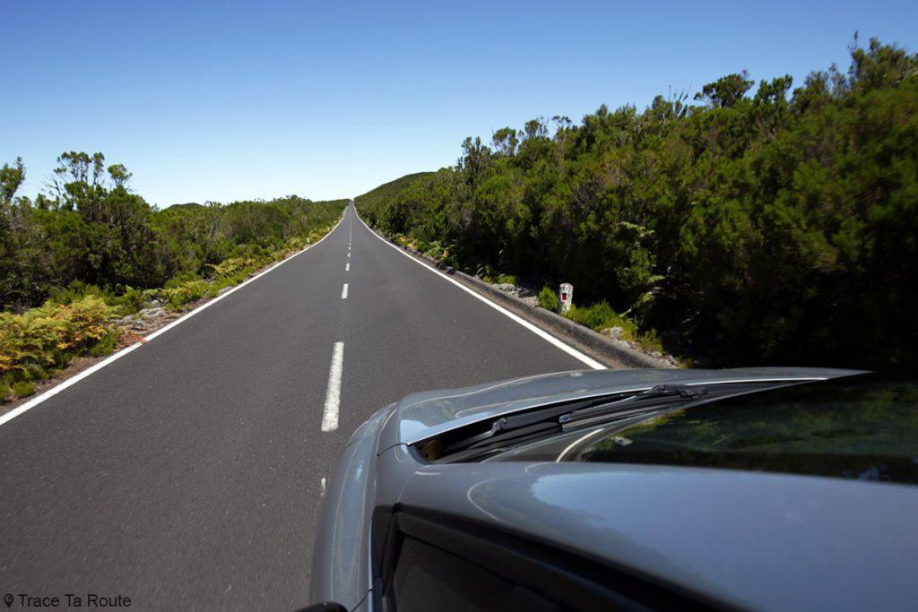 Aluguel de carro a caminho da Madeira, Fanal (noroeste da ilha)
