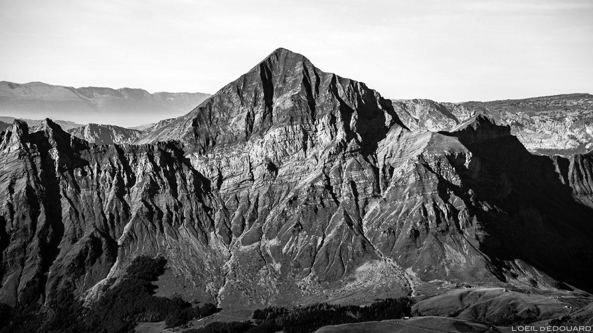 O Monte Charvin visto do topo do Monte Mirantin © L'Oeil d'Édouard - Todos os direitos reservados