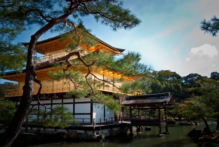 Kinkakuji, o templo do Pavilhão Dourado em Kyoto
