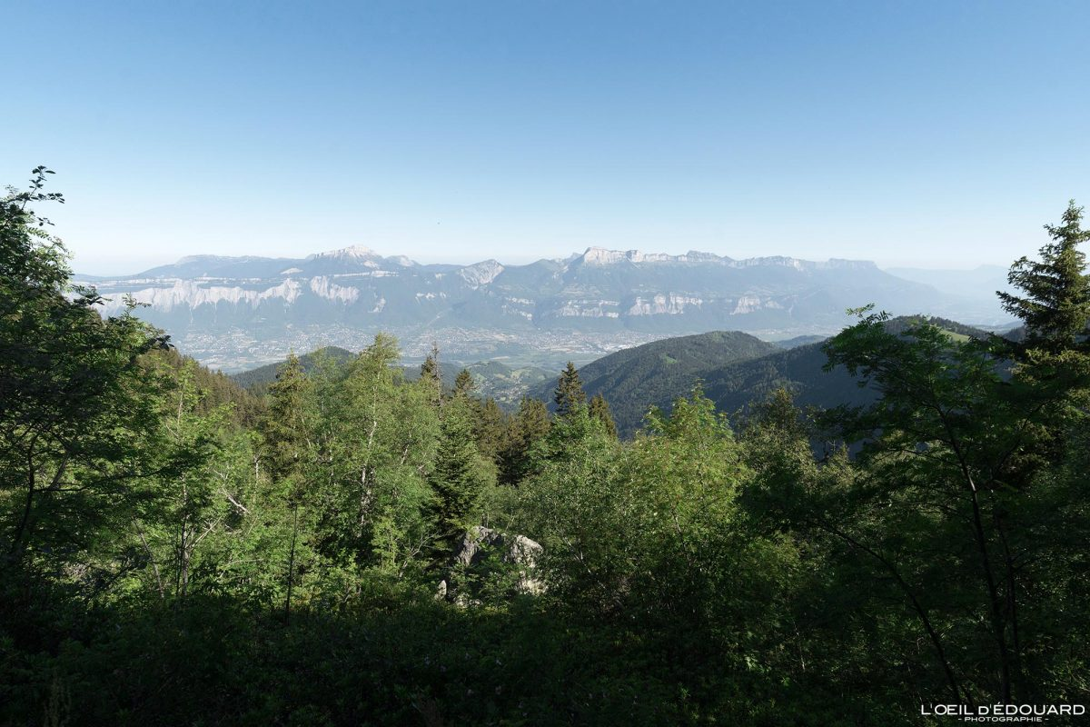 Vista do Maciço de la Chartreuse - Caminhada Lac du Crozet Belledonne Isère Alpes França Paisagem Montanhas Open Country Montanha Paisagem Alpes franceses