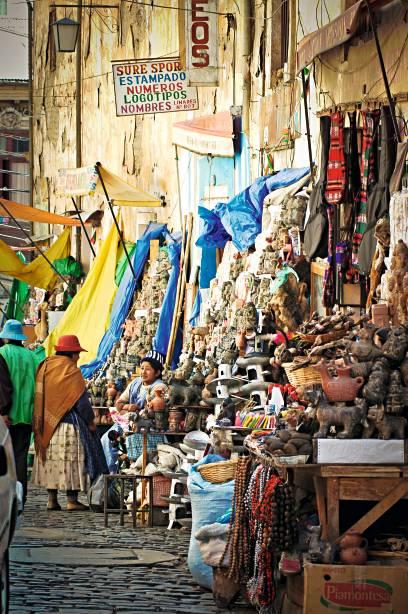 O mercado de Las Brujas com suas memórias além do exótico