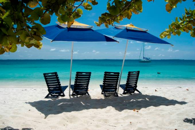O arquipélago venezuelano de Los Roques fica a 170 km do continente e é um dos destinos que os brasileiros descobriram recentemente no Caribe.
