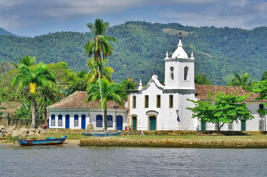 Vista da baía de Paraty, cidade histórica do litoral do Rio de Janeiro