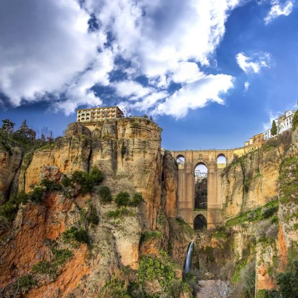 As falésias de Ronda atraem turistas e curiosos