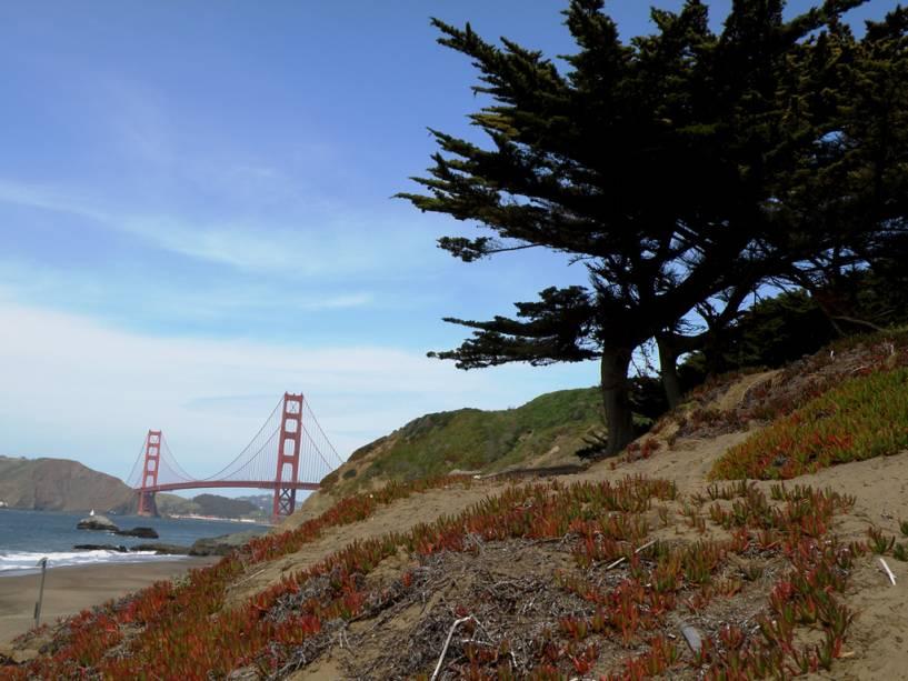 Ponte Golden Gate com vista para Baker Beach em São Francisco