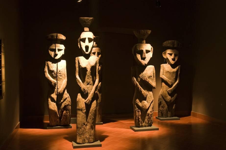 O Museu de Arte Pré-colombiana abriga mais de 2.000 peças arqueológicas dos povos da América do Sul.  As múmias Chincorro, mais antigas que os egípcios, são as estrelas do lugar