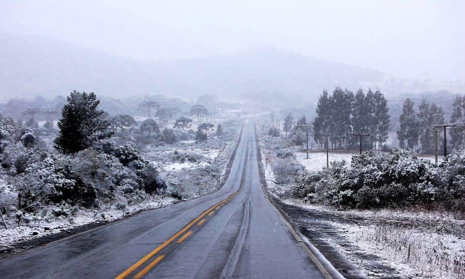 A neve é a grande protagonista de São Joaquim: no inverno as ruas ficam cheias de turistas