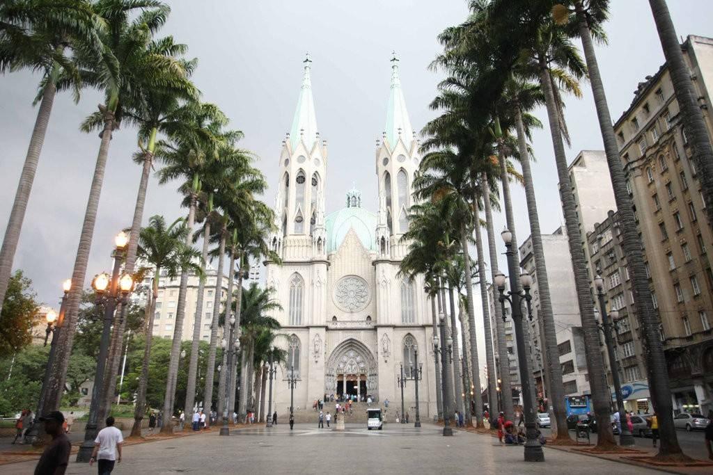 A visita à Sé Catedral é um dos roteiros do centro histórico de São Paulo.  Foto: Rubens Chiri